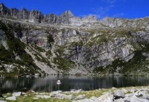 Trekking at Lago Darengo